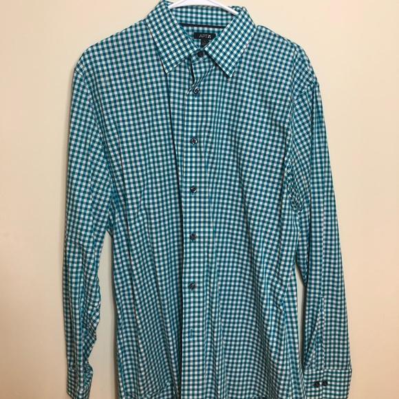 Apt apartment 9 Men's Dress shirt size L